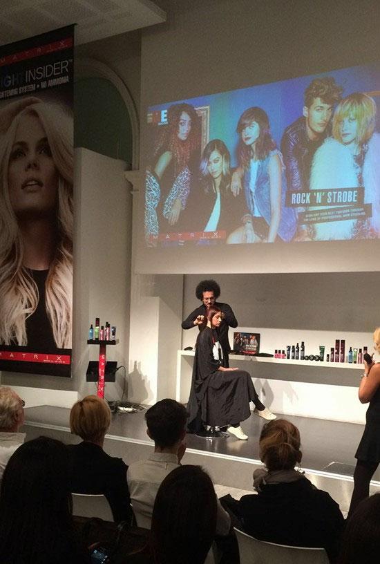 Galleria Foto Red Shadow Evento moda Hair Design